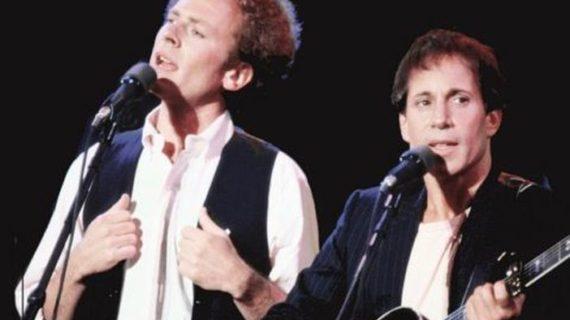 Mrs. Robinson di Simon & Garfunkel compie 50 anni.