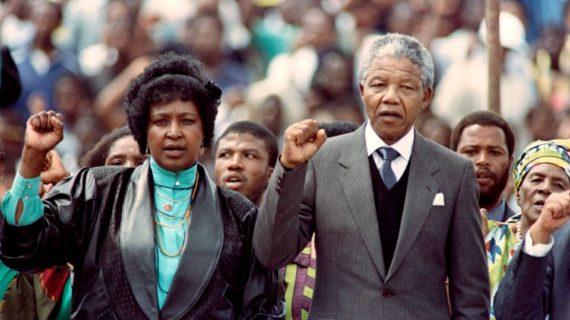 Nelson Mandela, cento anni fa la nascita: una vita all'insegna della libertà.