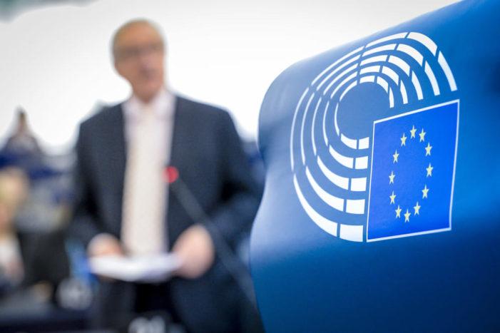 Che triste l'Europa che pensa solo all'ora legale: 8 europei su 10 vogliono abolirla.