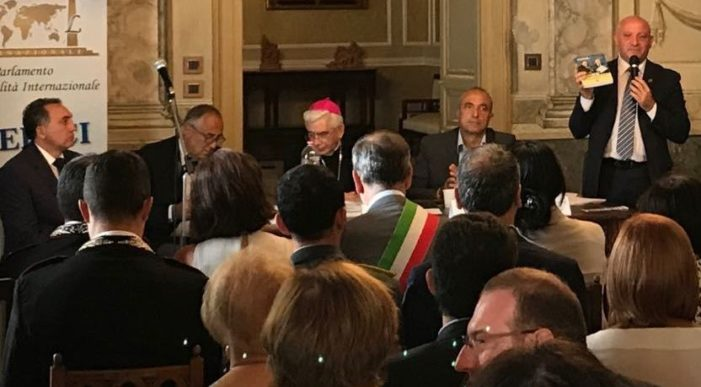 PRESENZE PROVENIENTI DA TUTTA ITALIA AL SECONDO CONVEGNO NAZIONALE DEL PARLAMENTO DELLA LEGALITA': UN FIUME DI GENTE CHE CREDE NELLA BELLEZZA DEI SOGNI DIVENUTI REALTA' !