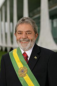Brasile: l'ex predidente Lula non può essere candidato.