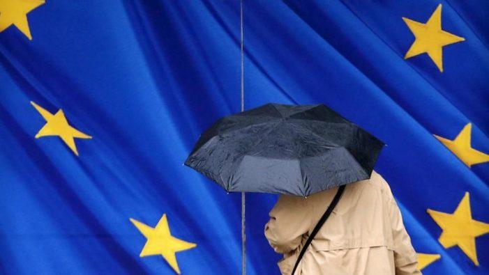 Legge di Bilancio, se l'Europa la boccia cosa può succedere all'Italia? Ma il Ministro Salvini ha una soluzione al problema.