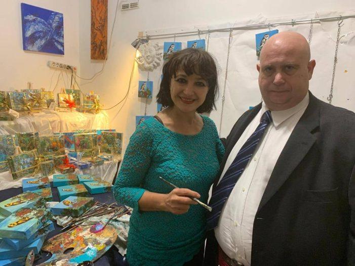 Roma: il segreterio politico  della DC Sergio Martuscelli incontra l'artista Pietra Barrasso.