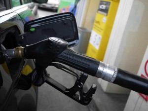 Benzina e diesel, ribassi : Italia in ripresa?