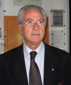 """Dott. Francesco Caterisano (D.C. Calabria) e la politica delle tre """"S""""a difesa della gente: SUSSIDIARIETA', SOLIDARIETA' e SVILUPPO."""