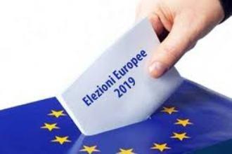 Elezioni Europee, sondaggi italiani: la lega la fa da padrona, mentre la Dc farà il suo debutto con l'Udc.
