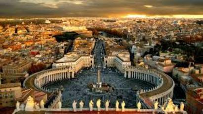 Monito della Chiesa: senza la guida del Vaticano l'Italia è destinata a finire, lo dice anche al Dc.