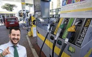 Accise benzina Italia 2019: non ci sarà l'annunciato taglio.
