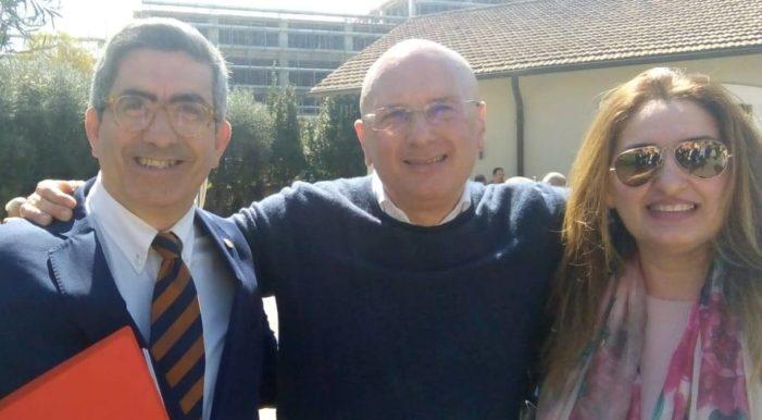 Il Segretario politico della Democrazia Cristiana in Puglia Vincenzo De Gregorio ha aperto davanti a più di 2.500 persone i lavori della presentazione di Pasquale Di Rella candidato Sindaco di Bari del centrodestra.