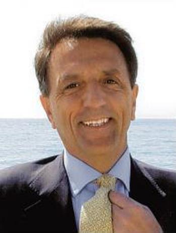 Sen. EGIDIO PEDRINI (Democrazia Cristiana): è indispensabile reintrodurre a pieno titolo le provincie nel sistema italiano delle autonomie locali.