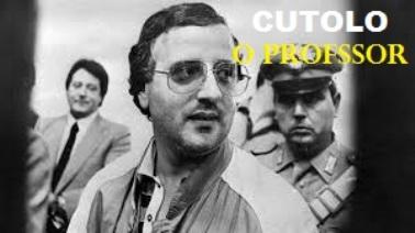 """La verità di Cutolo, detto """"O Professor"""" : «Salvai Cirillo ma Aldo Moro ai politici non interessava»."""