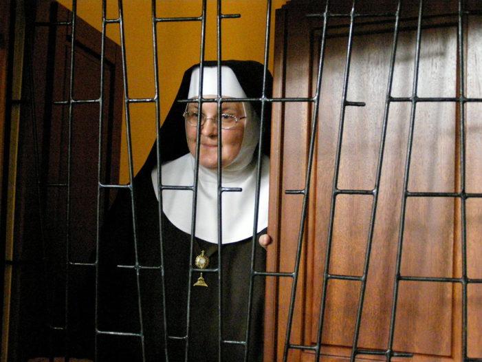 """Franco Capanna (Sindacalista Teramo): """"lettera aperta"""" alla Priora di un convento."""