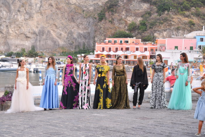 ISCHIA FASHION WEEKEND: GLAMOUR E MODA NELLA LOCATION SUGGESTIVA DEL BORGO DI SANT'ANGELO D'ISCHIA