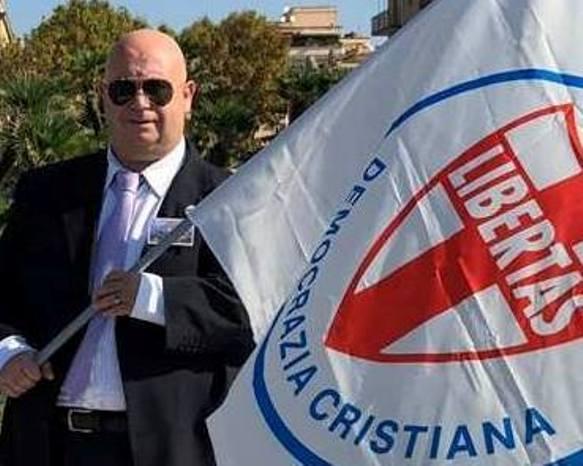 LA DEMOCRAZIA CRISTIANA E' FINALMENTE TORNATA !
