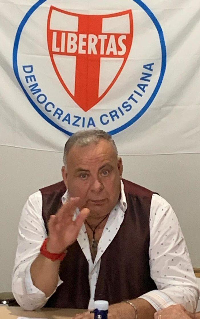 """VIVISSIMI AUGURI DA PARTE DI TUTTA LA REDAZIONE DE """"IL POPOLO""""E DALLA DIRIGENZA NAZIONALE DELLA D.C. AL SEGRETARIO POLITICO REGIONALE DELLA D.C. DELLA CALABRIA DIVENUTO QUEST'OGGI PER LA PRIMA VOLTA NONNO !"""