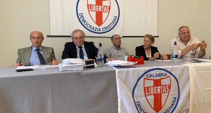 Quest'oggi giovedì 2 luglio 2020 (ore 10.00) a Gioia Tauro (RC) riunione del Direttivo regionale della Democrazia Cristiana della regione Calabria presieduto dal Segretario regionale D.C. Francesco Zoleo