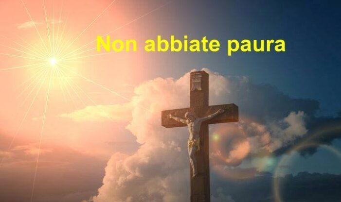 Abbraccia la tua Croce e prega !