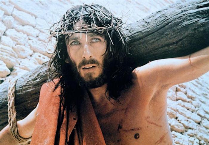 """Ci dice Gesù nel suo Vangelo: """"Vi lascio la pace; vi dono la mia pace; non quella però che dà il mondo"""" (Gv.14,27)."""