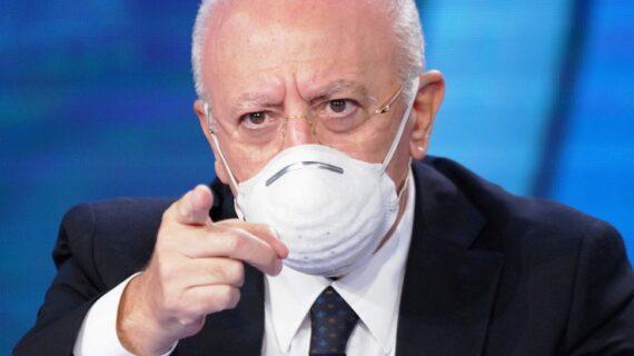 """Il Governatore della Campania Vincenzo De Luca: """"Uno e triplo"""" !"""
