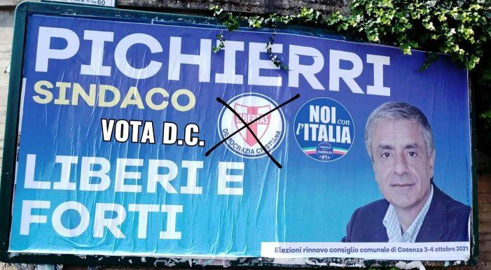 Anna Beneduce insieme a Maria Fida Moro nella recente campagna elettorale della Democrazia Cristiana a Cosenza nel ricordo di Aldo Moro